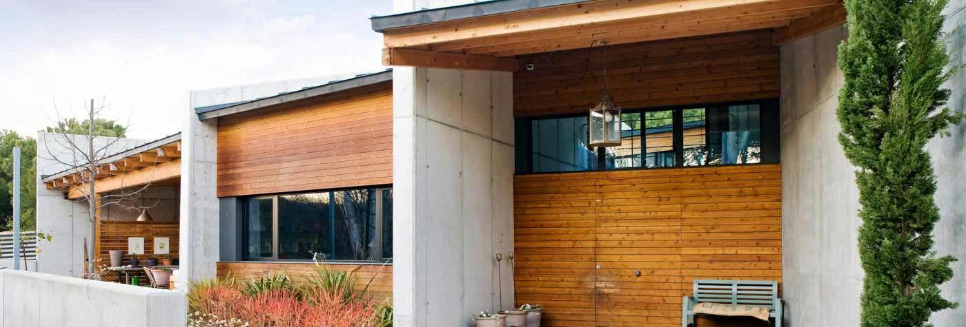 Fachadas de madera de un chalet #arquitectura #casa #madera #diseño