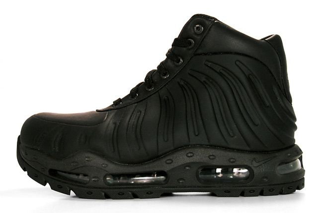 nike foamposite acg boot aka stomp a mudhole in your ass boots!!! Love