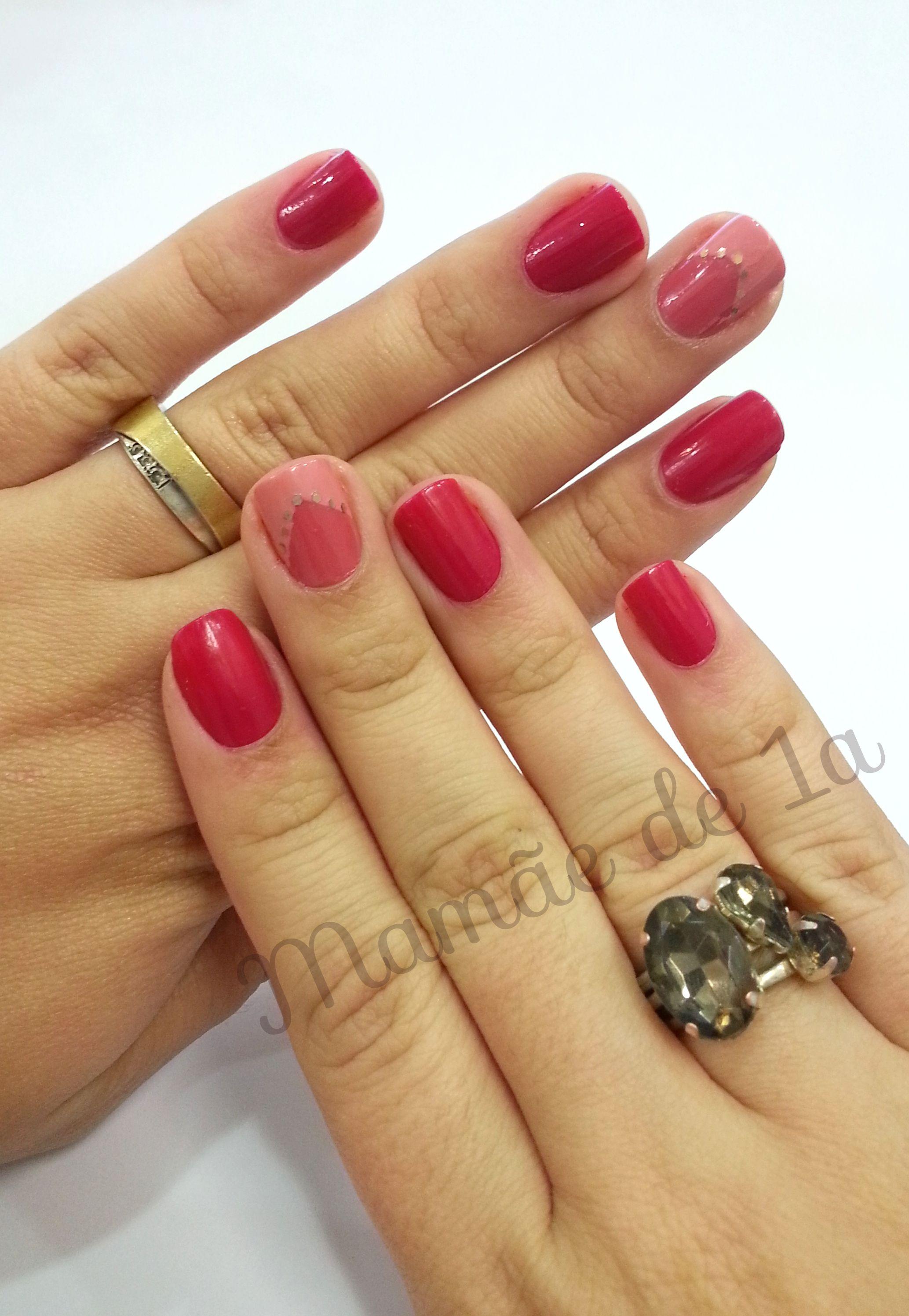 pink nails colorama risque http://mamaede1a.wordpress.com/2014/09/03/nail-art-pink/