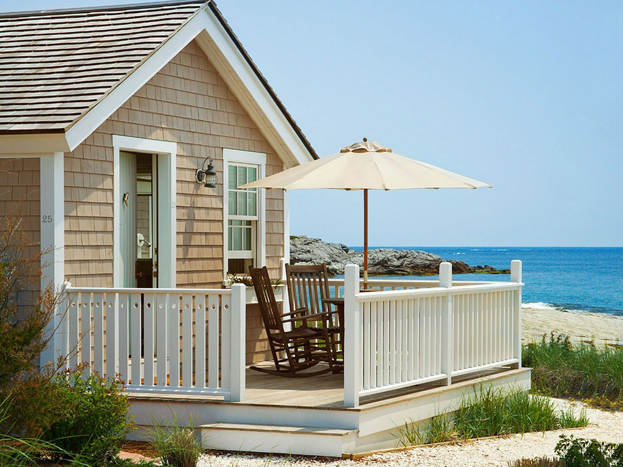 12 Best Seaside Inns In The U S Seaside Inn Outdoor Structures And Newport