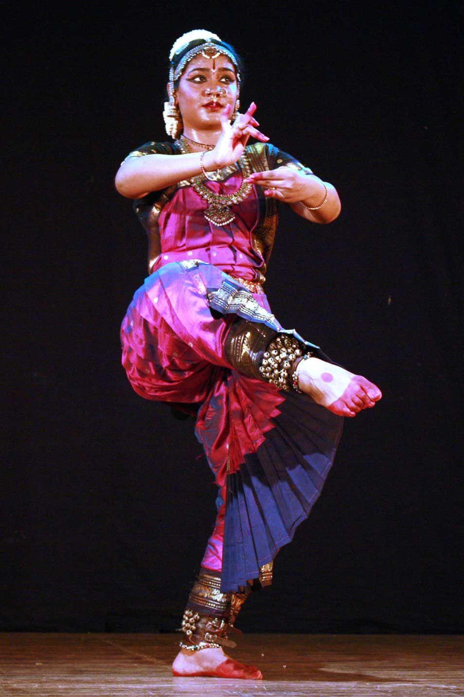 Deeksha kishores bharatanatyam stills latest event