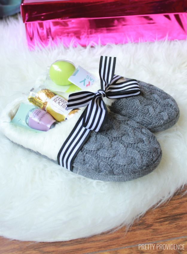 Creative diy mothers day gifts ideas cozy slippers gift idea creative diy mothers day gifts ideas cozy slippers gift idea thoughtful homemade gifts for mom handmade ideas from daughter son kids teens solutioingenieria Choice Image