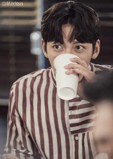 Drama Ji Chang Wook Reveals His Suspicious House Life In More Behind Scenes From Suspicious Par Suspicious Partner Ji Chang Wook Suspicious Partner Kdrama