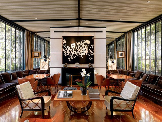 The conservatory at the Della Valle offices in Milan is a study in symmetry.