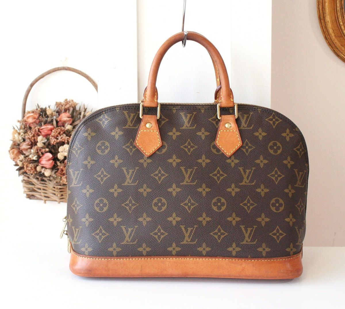1b53745d834e Louis Vuitton Alma monogram brown handbag authentic purse by hfvin on Etsy   LV  LouisVuitton  Vuitton  Alma  monogram  Brown  handbag  authentic