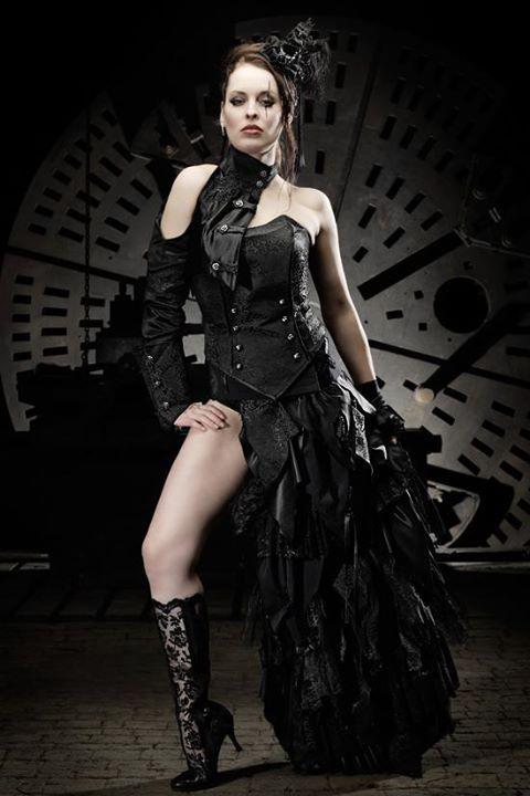Lucardis Feist Fashiondesigner Beaute Steampunk Victorien
