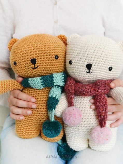 Bear With Scarf Free Crochet Pattern #crochetbearpatterns