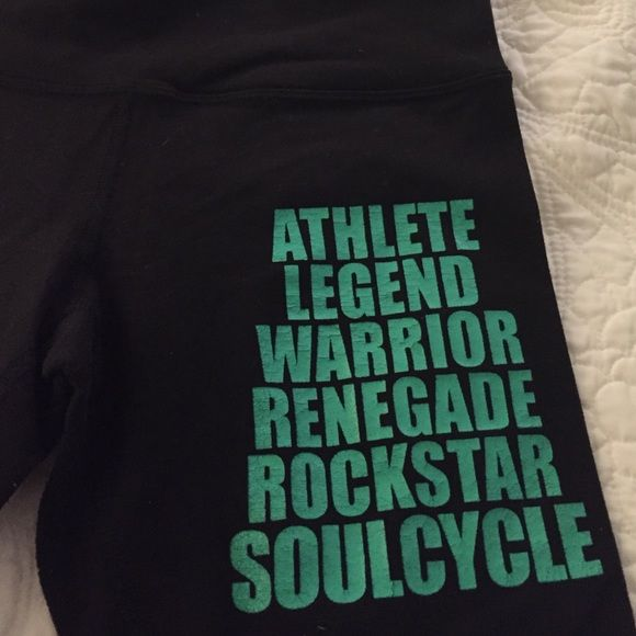 Soulcycle lululemon crop Some minor piling. Otherwise great condition. Sold as is. lululemon athletica Pants Ankle & Cropped