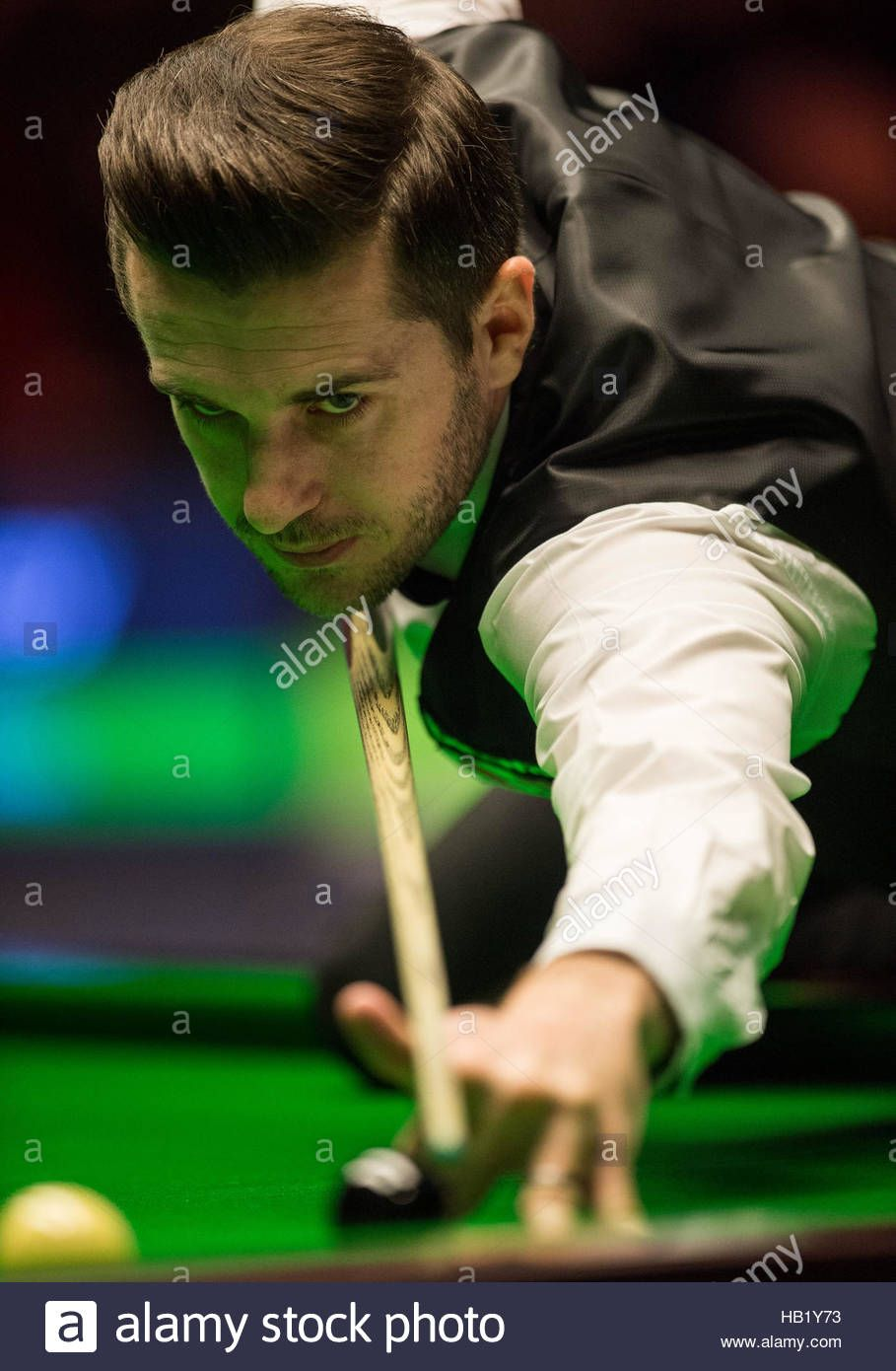 Download This Stock Image York Uk 3rd Dec 2016 Mark Selby Of England Competes During The Semi Final Match With Shaun Murphy O Mark Selby Snooker Competing
