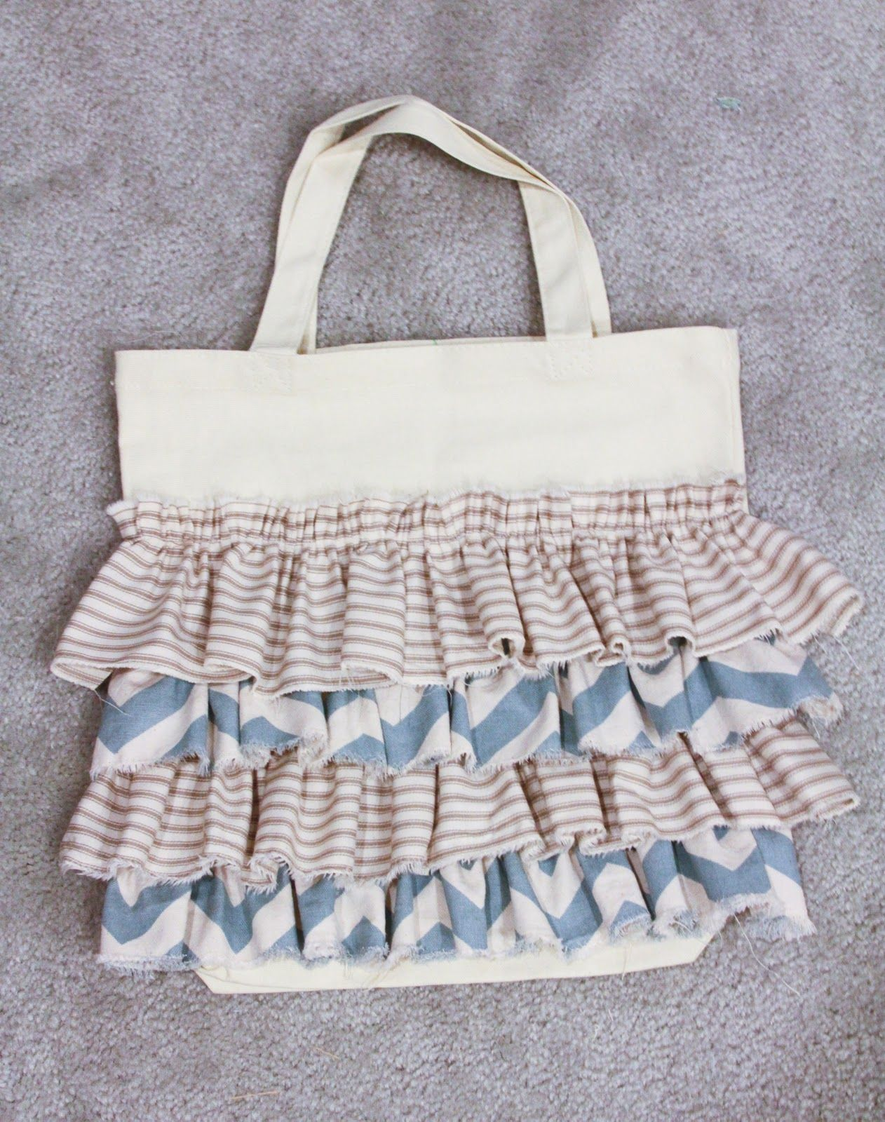 Ruffled Tote Tutorial | Ideas | Pinterest | Costura, Bolsos and Tejidos