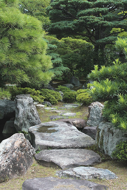 Japanese Stone Garden Bridge @ Gonaitei Garden 御内庭 Kyoto Imperial Palace  京都御所 Japan