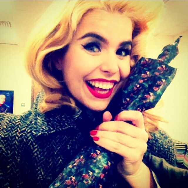 paloma <3looking happy there