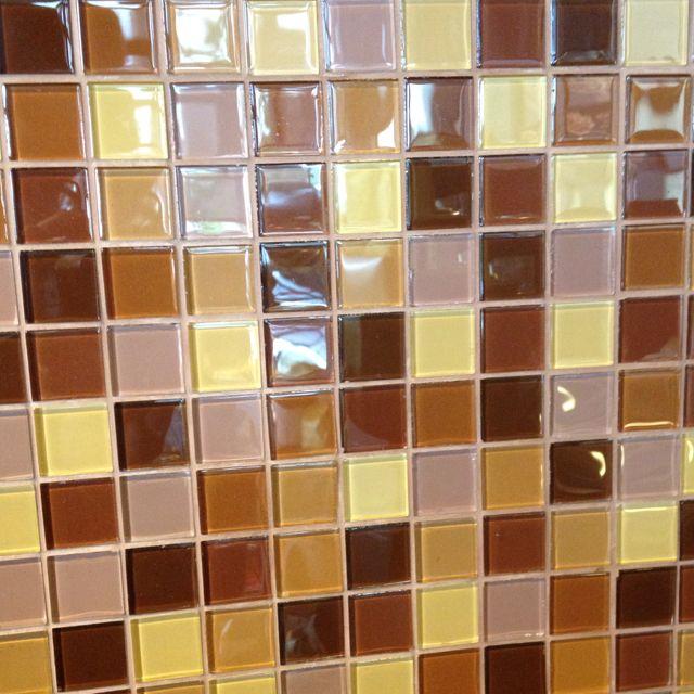 Starbucks in Lynwood. Love this colour combo for tiles.