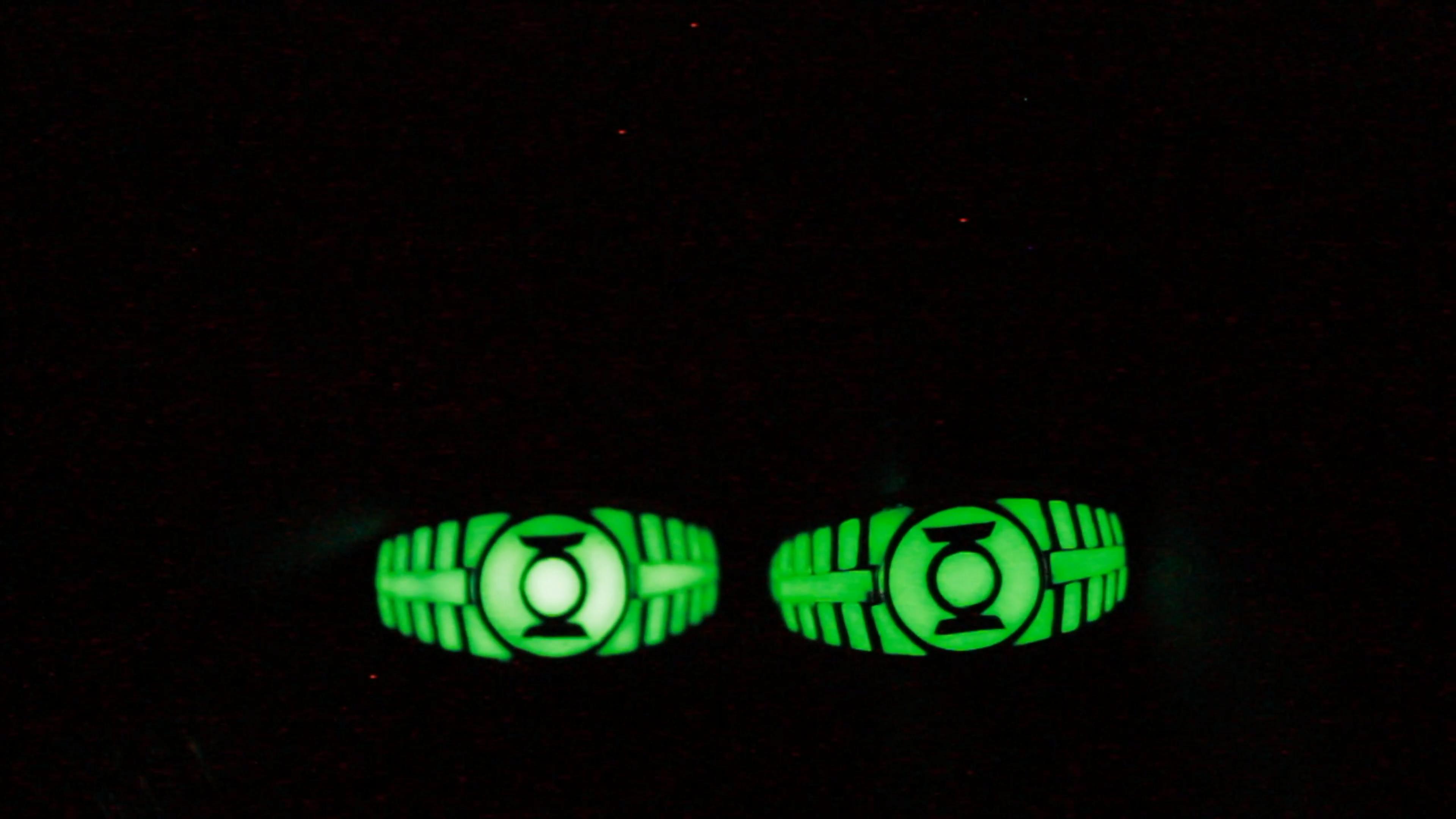 Green Lantern Glow In The Dark Ring Sterling Silver 925 Ring Video Video Green Lantern Ring White Gold Engagement Rings Vintage Lantern Rings