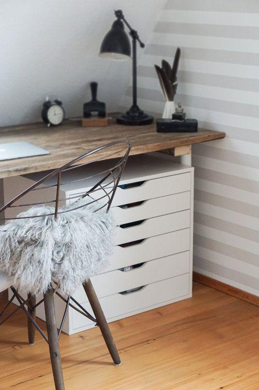 Schreibtischplatte  Schreibtischplatte aus alten Dielen