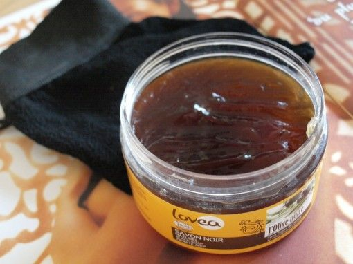 Savon noir naturel Lovea gant de gommage kessa 30ansenbeauté