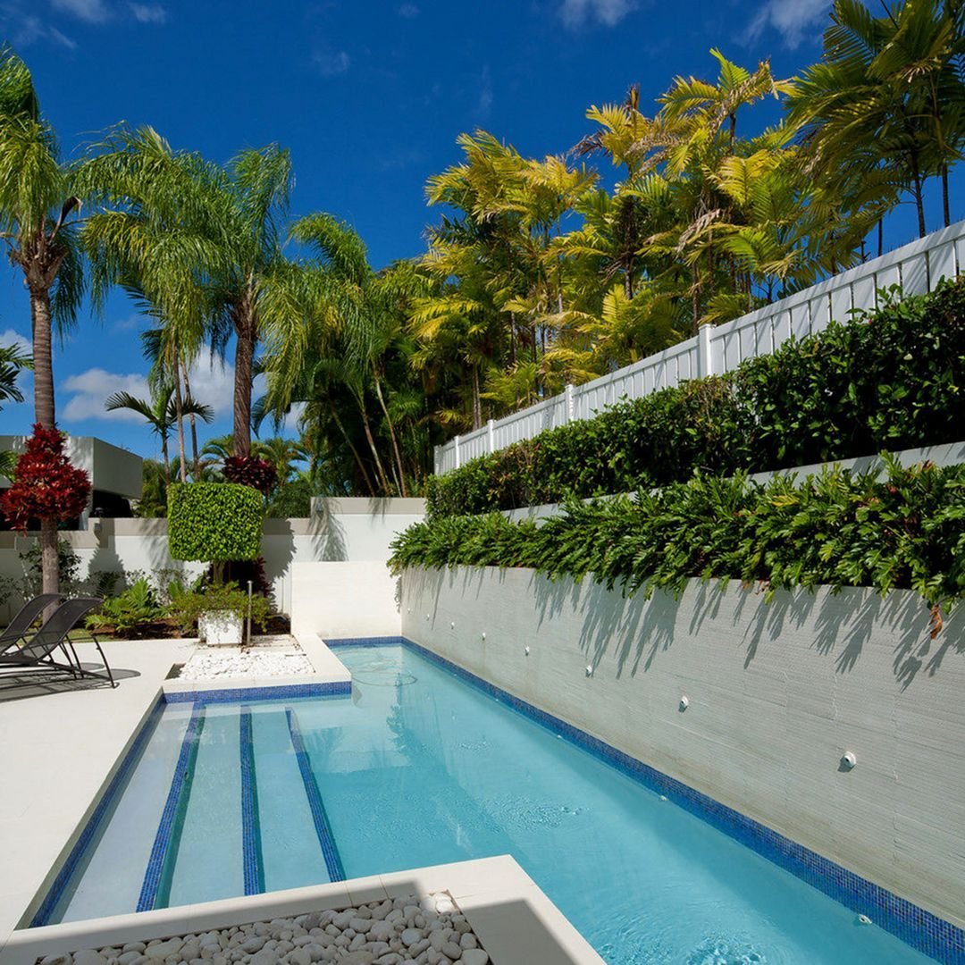 Best Gorgeous 20 Small Pool Landscaping Design For ...
