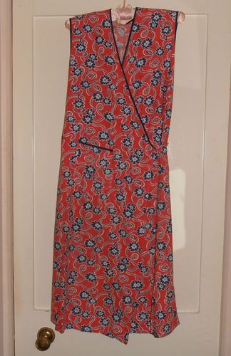 1940s 50s Red Blue Floral Cotton Wrap Around Pinny Apron