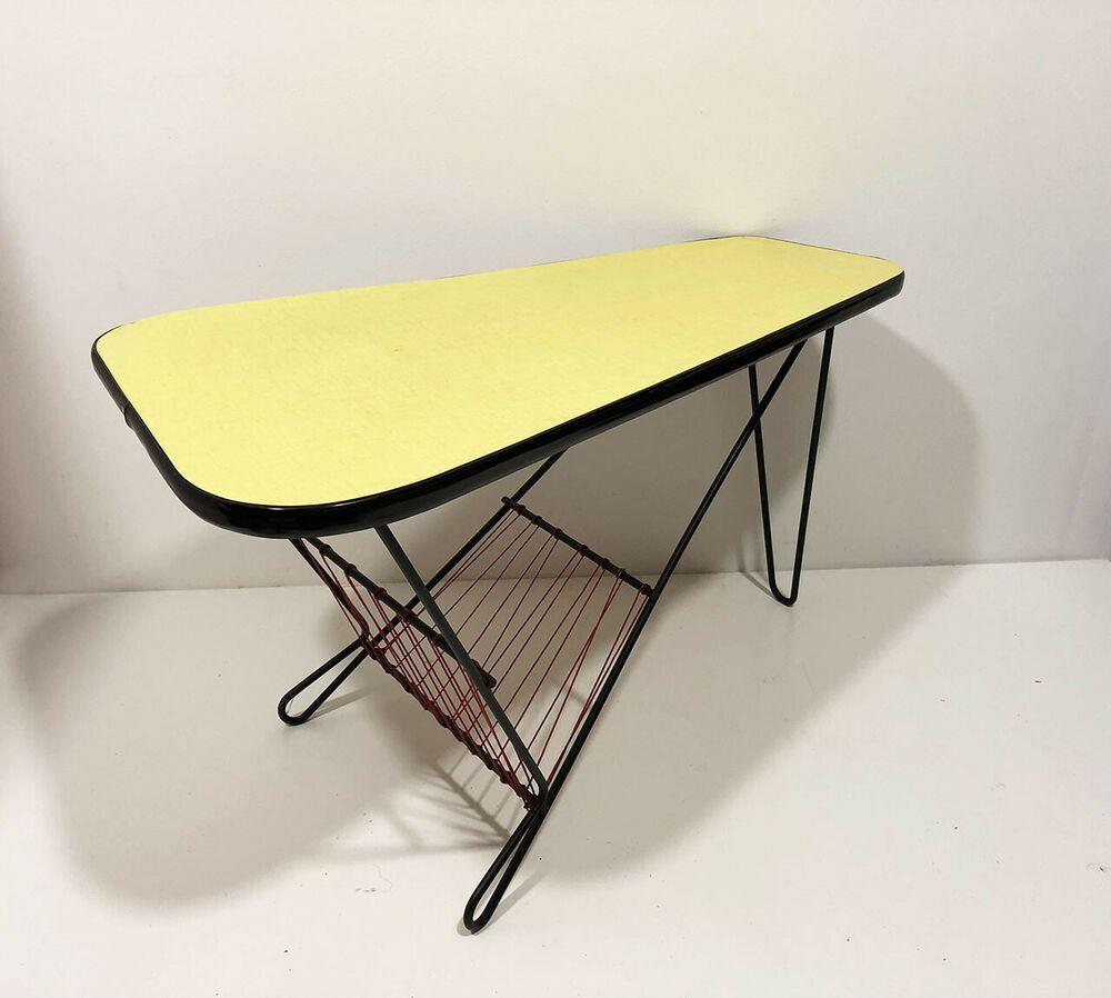 Table Basse Tripode Vintage Formica Jaune Design Annees 50 039 S 60 039 S Table Basse Table Basse Ronde Bois Table Basse Pied Metal