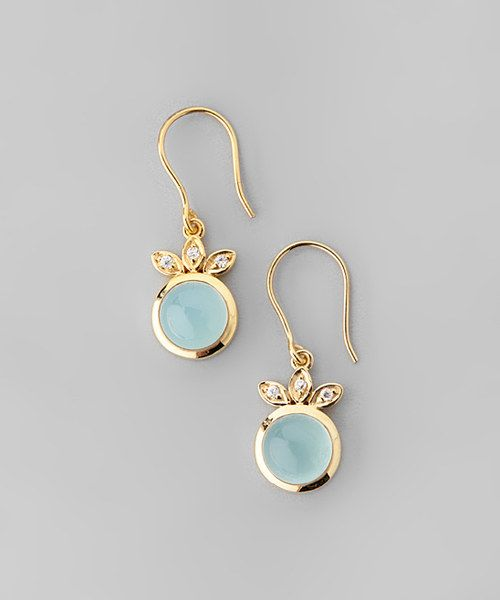 Twinkle with every turn of the cheek thanks to this posh pair of earrings. Sporting gorgeous chalcedony stones and yellow gold plating, they effortlessly beautify ensembles and add pizzazz to updos.