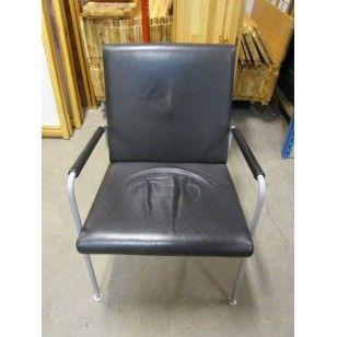 Fåtöljer i svart läder | Kontorsmöbler, Svart läder, Fåtölj