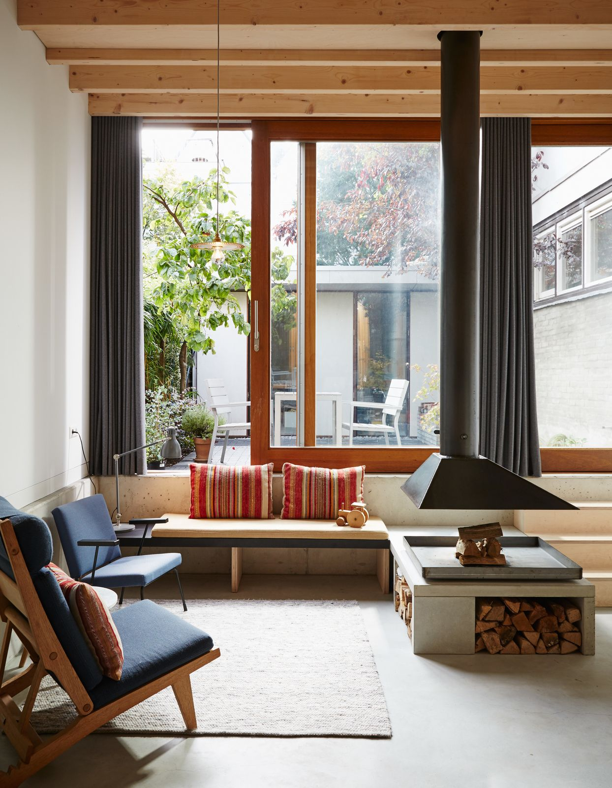 Wenslauer House By 31 44 Architects House Custom Benches Living Room Interior The living room band