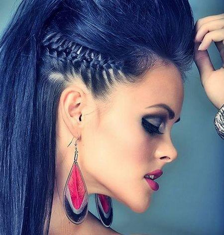20 Verruckte Frisuren Fur Lange Haare Haare Styles Rock Frisuren Wikinger Frisuren Frisuren