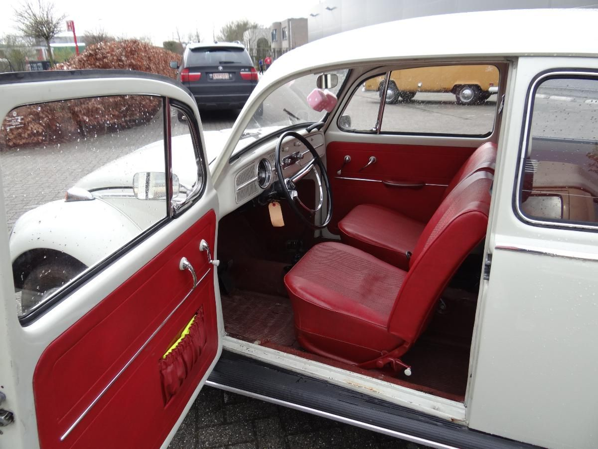 Interieur Volkswagen Kever Volkswagen Beetle Red Interior Slug Bug Volkswagen Vw Super
