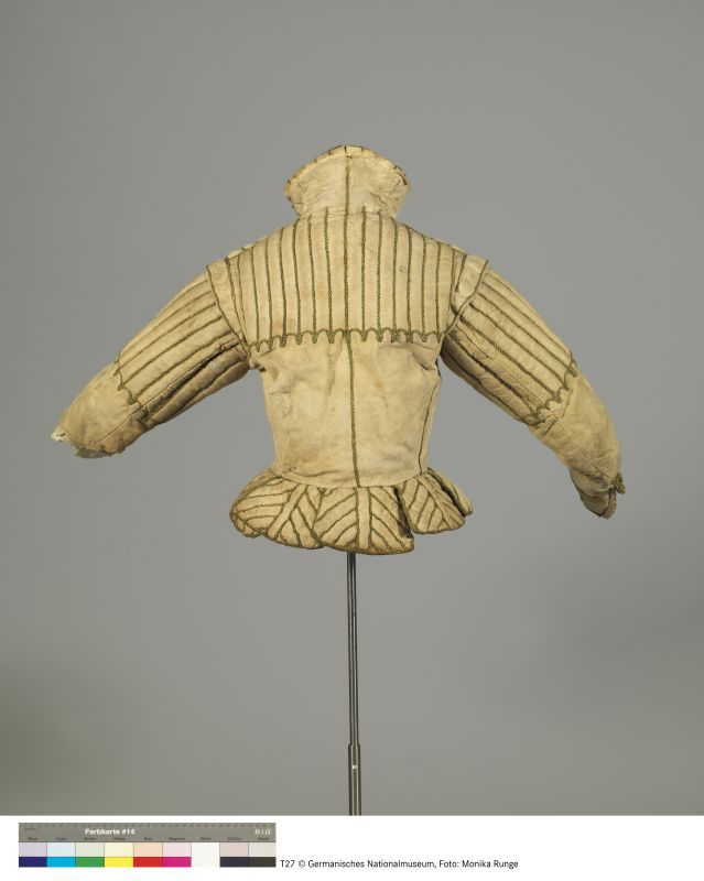 Doublet, c.1580-1610. Possibly deerskin; lined with cotton and linen. Collar lined with green silk. Inv. no. T27. Germanisches Nationalmuseum, Nuremberg.