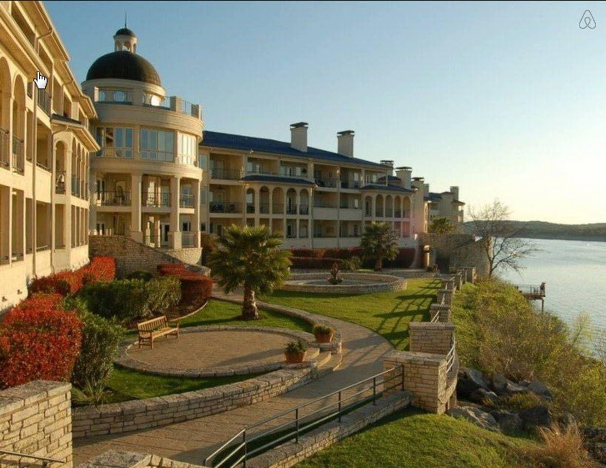 Cozy Villa for Two - Lake Travis