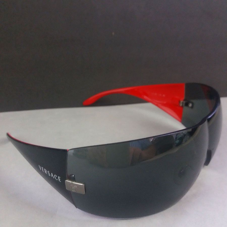 37aa29e9de Versace 2054 115 Red Black Rimless Designer Wrap Sunglasses by Theo s  Vintage A beautiful pair
