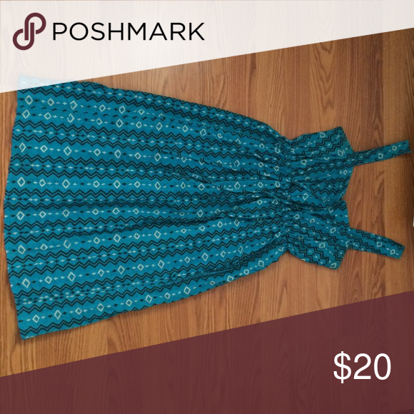 Aztec inspired sundress Lightly worn, light and summery! Kimchi Blue Dresses