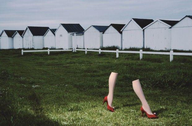 Guy Bourdin : Image Maker – De la refonte du contenu au sublime de l'image sur www.zebulemagazine.com