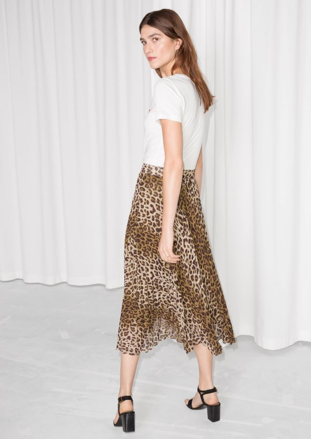 & Other Stories image 3 of Leopard Pleated Skirt in Leopard Print | Earn  Your Spots | Pinterest