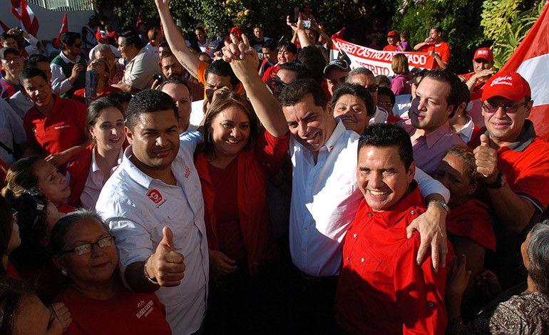 Honduras: Elvin Santos: 'Alianzas hay que verlas con lupa ante tanta traición'  http://www.latribuna.hn/2016/12/19/elvin-santos-alianzas-verlas-lupa-ante-tanta-traicion/