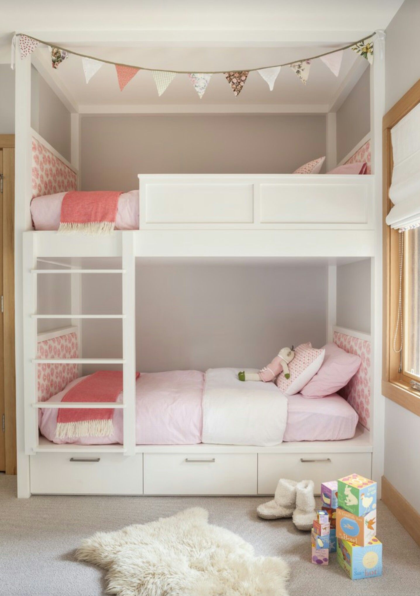 Pin By Talisha Krotzer On Decoracao O Girls Bunk Beds Shared