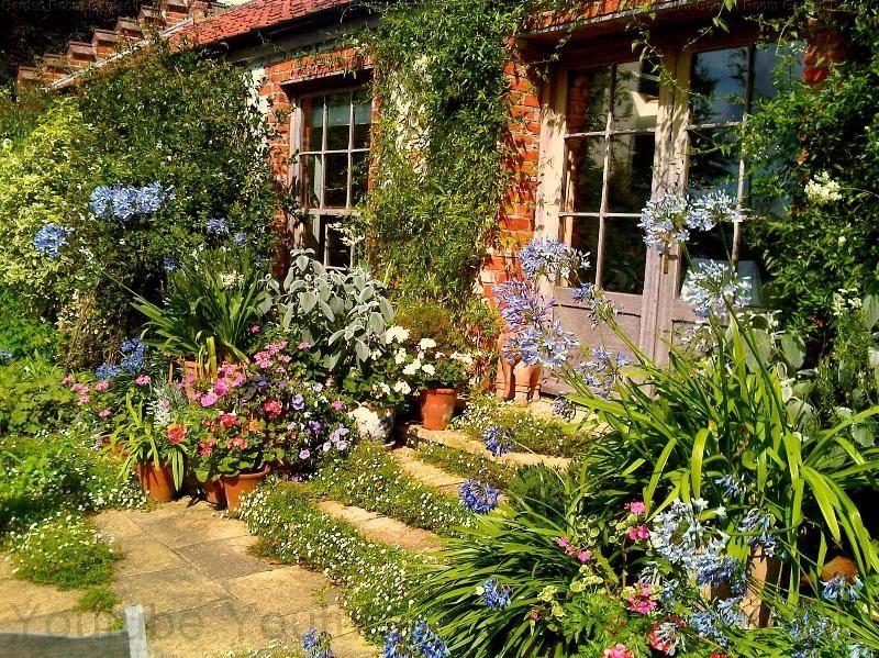 Easy 54 Garden Room Living In 2020 Garden Room Garden Design Plans Garden
