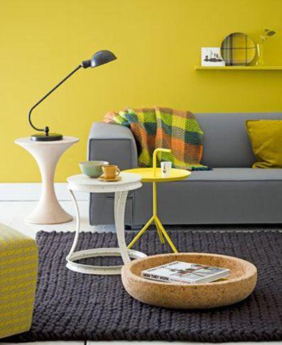 okergeel  woonkamer  Y E L L O W  Living room grey