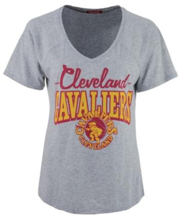 8b8903b58 Mitchell   Ness Women s Cleveland Cavaliers Score V-Neck T-Shirt - Gray L