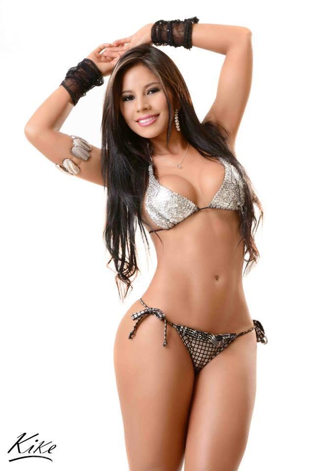 Latina Beauties Nude 64