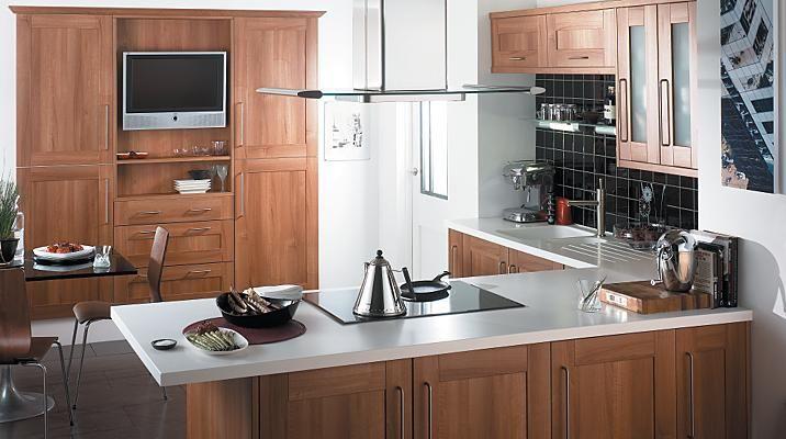 Walnut Style Shaker Kitchen Cabinet Doors Fronts Kitchens Replacement Kitchen Doors Kitchen Doors Diy Kitchen Inspirations