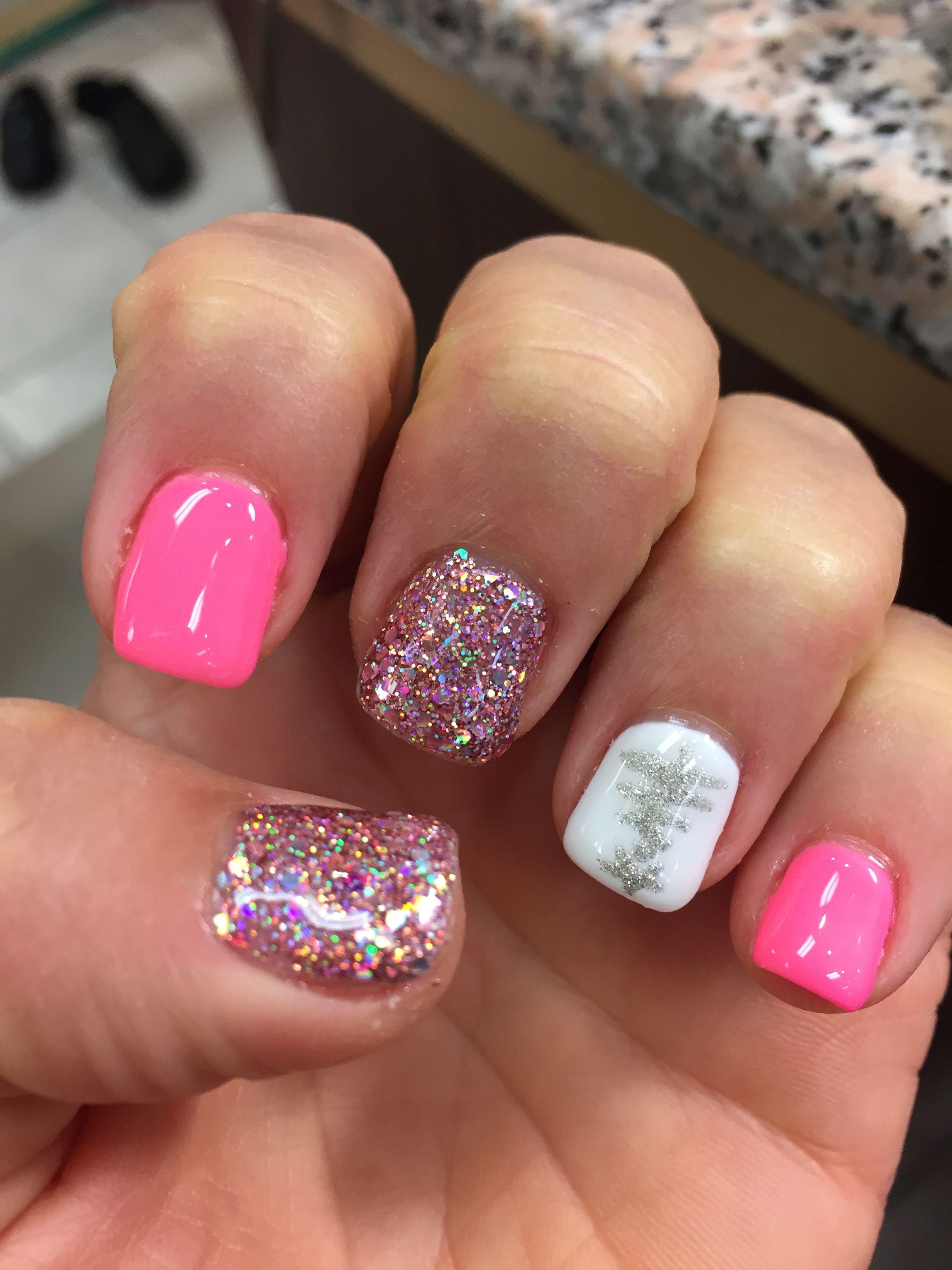 Christmas nail design. Pink glitter Christmas tree mani