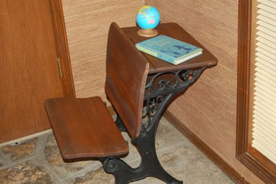 Miraculous Antique 1900S School Desk Elementary School Desk Cast Download Free Architecture Designs Xoliawazosbritishbridgeorg