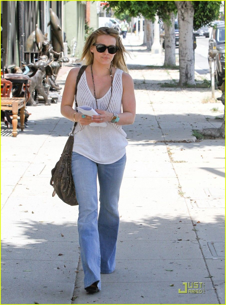 274bb2b993f22 Seen on Celebrity Style Guide  Hilary Duff heads to an office building on  Wednesday (May in Beverly Hills