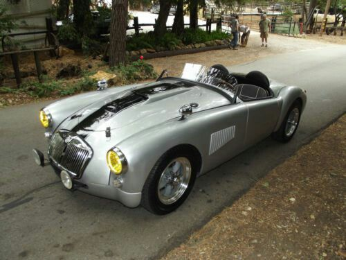 MG mga race car | Vintage race cars | Classic sports cars