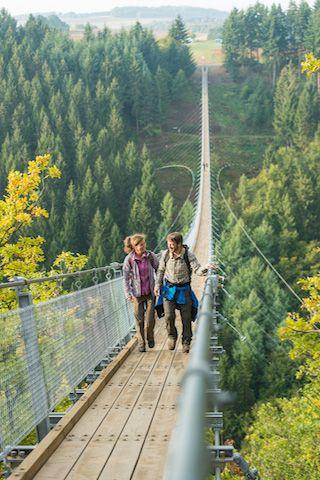 , wandelen hangbrug de geierlay duitsland eifel hunsrück, Travel Couple, Travel Couple