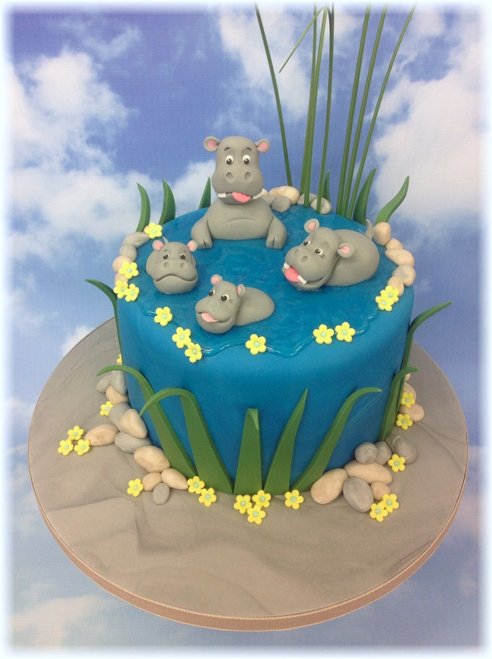 Hippo Family Cake Cake Stores Cake Makers And Cake