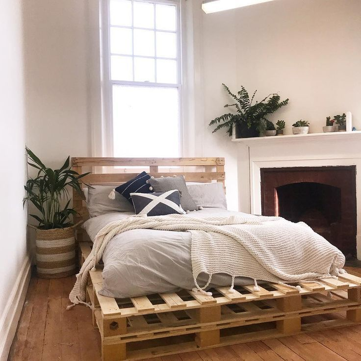 Great Double layer wood pallet mattress tasks #woodenbed #palletbeds #palletfurniture #pallet #mattress  #double #great #layer #mattress #pallet #tasks #woodenbed  #DiyPallet #palettengarten