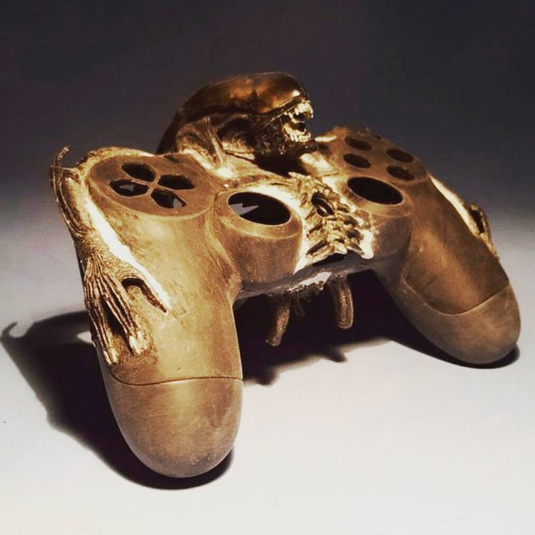 Ps4 controller Alien customized edition!! #sony #playstation #psone