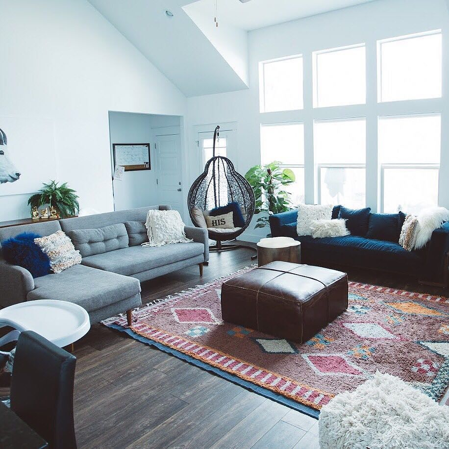 We're Still Crushing On Caraloren's Casual Yet Cool Living Room Inspiration Living Room Make Over Inspiration Design